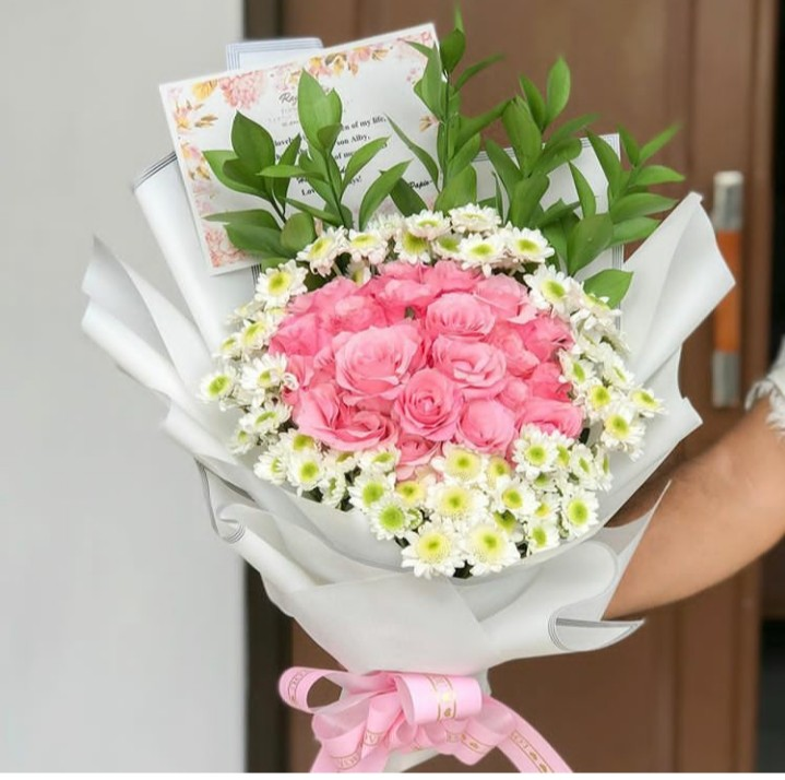 Jual Bunga Buket HB17 – Hand Bouquet