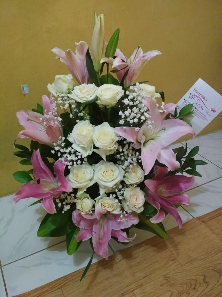 Jual Bunga Wisuda FB2 – Bunga Wisuda Cantik