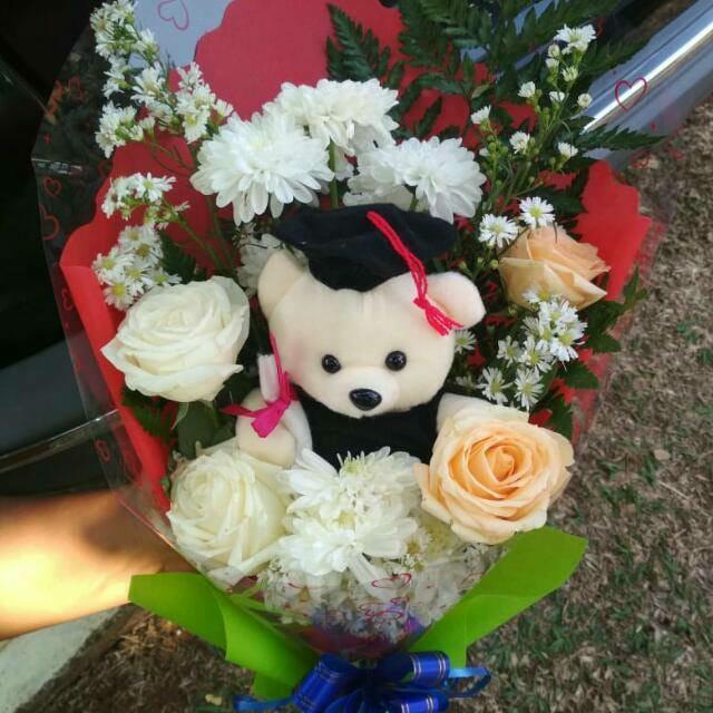 Jual Bunga Wisuda FB7 – Bunga Segar